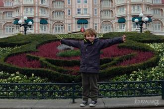 Disneyland3_jesussauvage_mini_V2