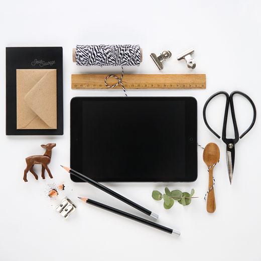 timberpost jesus sauvage. Black Bedroom Furniture Sets. Home Design Ideas